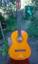 гитара 6-ти струнная б/у Киев